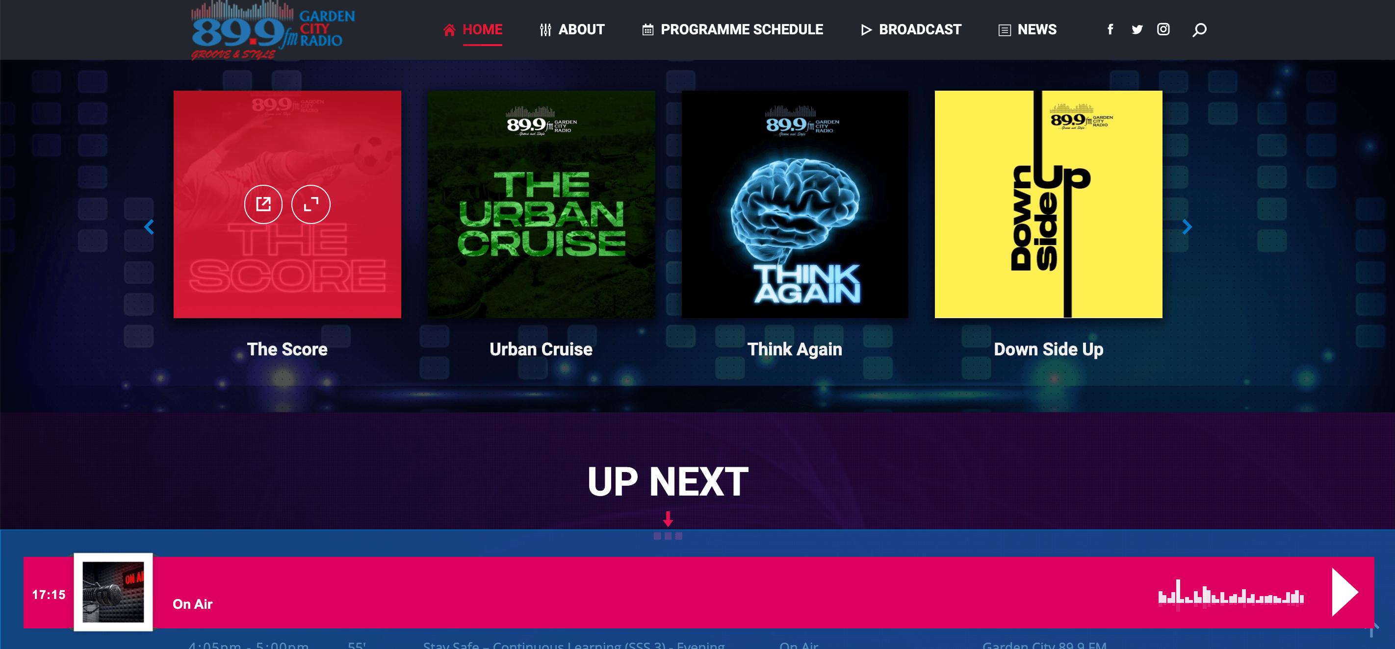 899FM